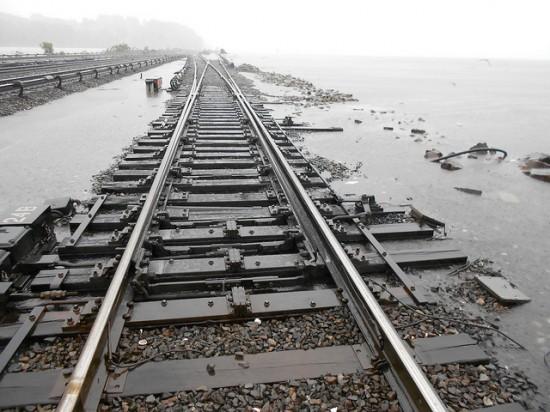 Estragos del huracán en estación de trenes de Croton Harmon